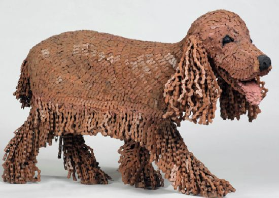 Nirit-Levav-chain-dog-sculpture-3